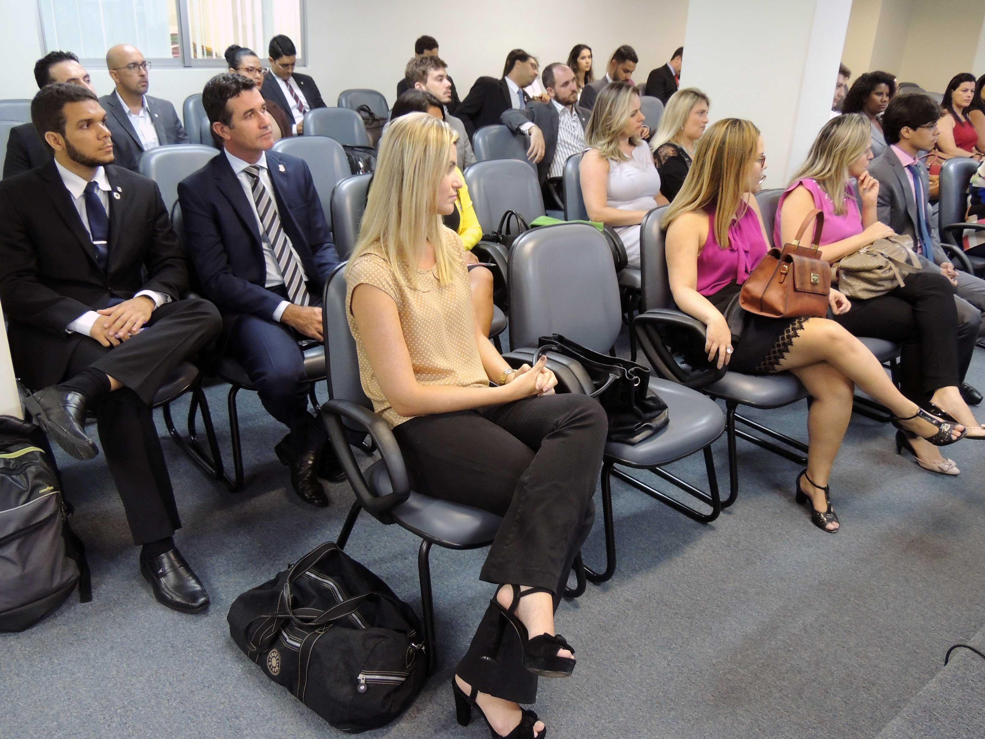 Reunião da CEAIC contou com grande número de pessoas. Foto: Divulgação.