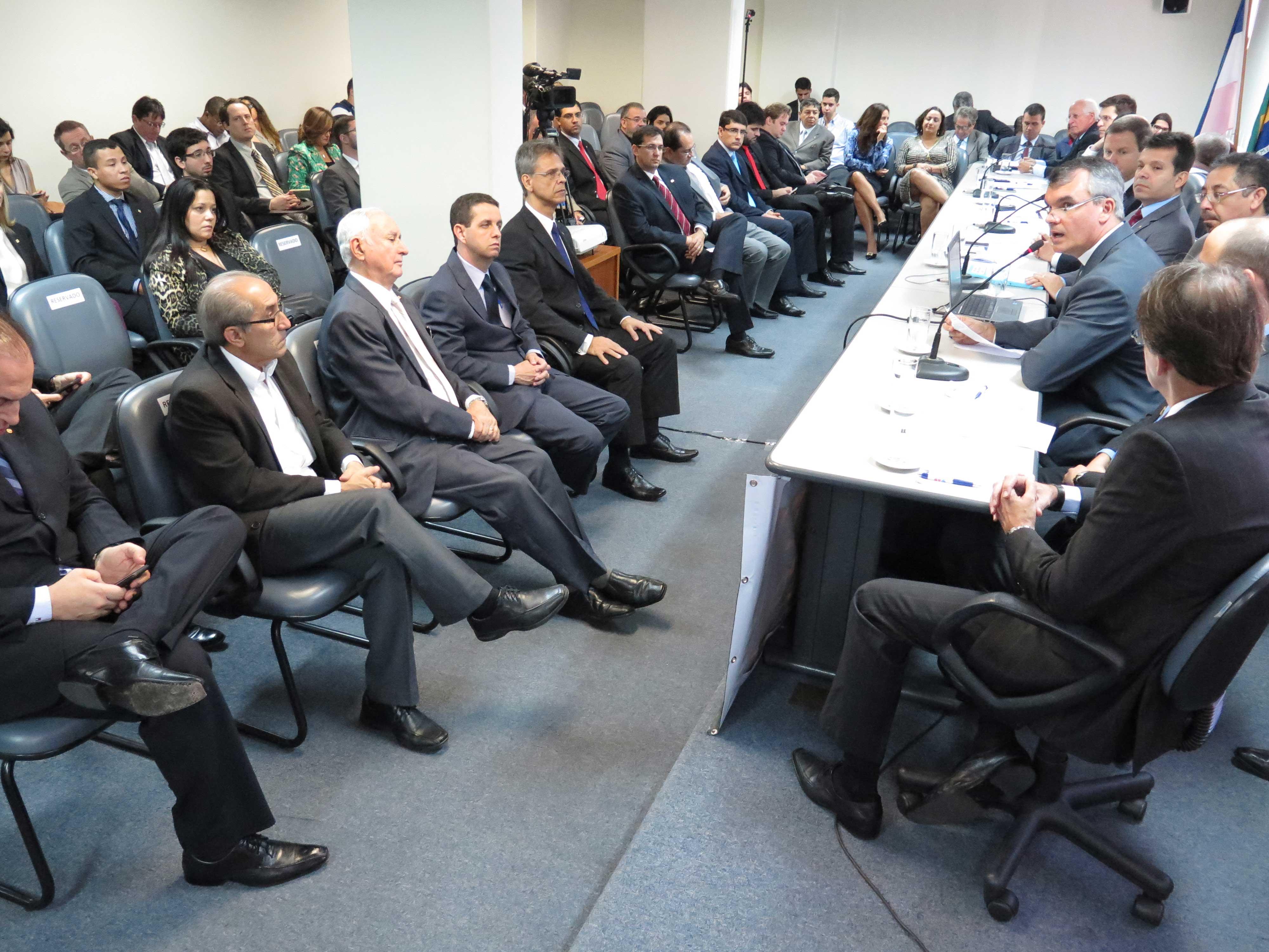Muitas autoridades participaram do evento. Foto: Sérgio Cardoso/Divulgação.